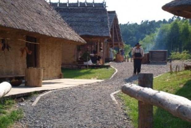 Regionalna atrakcja odbuduje średniowieczną karczmę