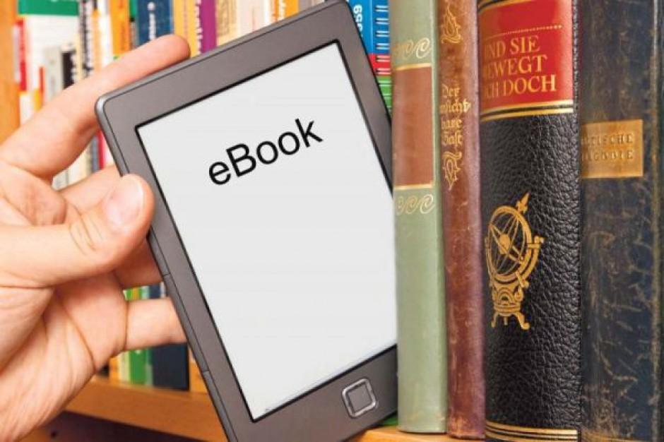 Chcą bezpłatnego udostepnienia e-podręczników