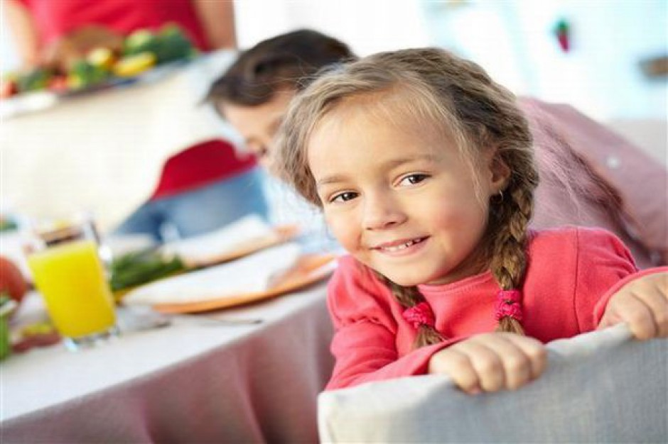 Konieczna opieka medyczna i stołówki w szkole
