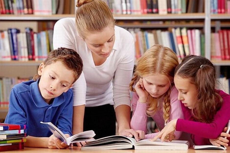 Nauczyciele wspomagający równi edukacyjnym
