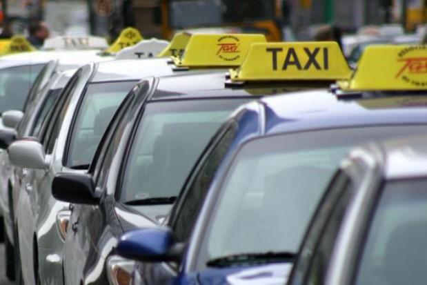 Warszawa kontroluje taksówkarzy