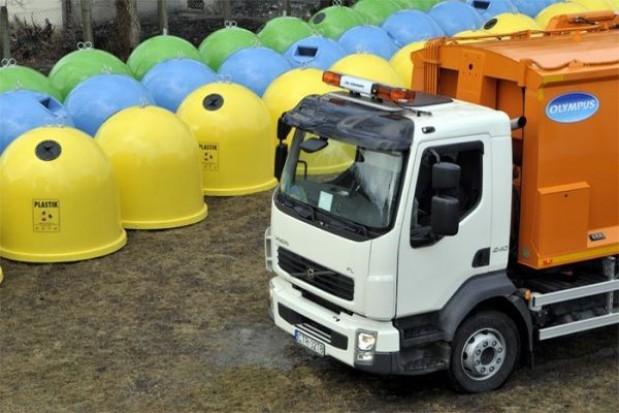 Trzeba przesunąć wdrożenie ustawy śmieciowej