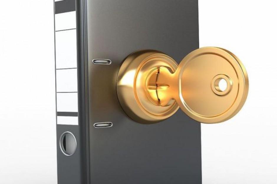 Komu powierzyć zajmowanie się ochroną danych osobowych?
