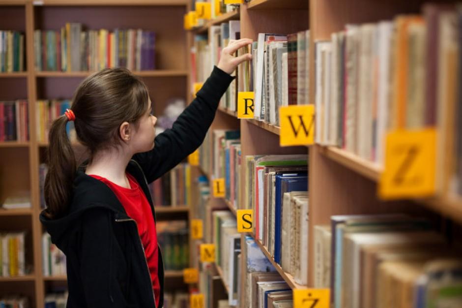Protestujący ws. bibliotek zarzucają MAiC złamanie zasad konsultacji