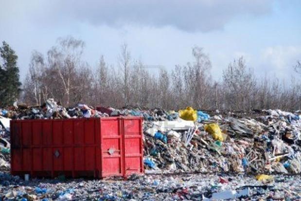 Nikłe działania edukacyjne gmin ws. gospodarki odpadami