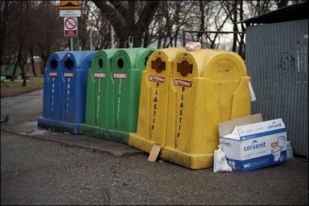 Śmieciowa akcja informacyjna w Krakowie