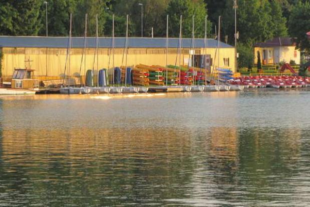 Nad Jeziorem Krzywym powstanie kompleks sportowy