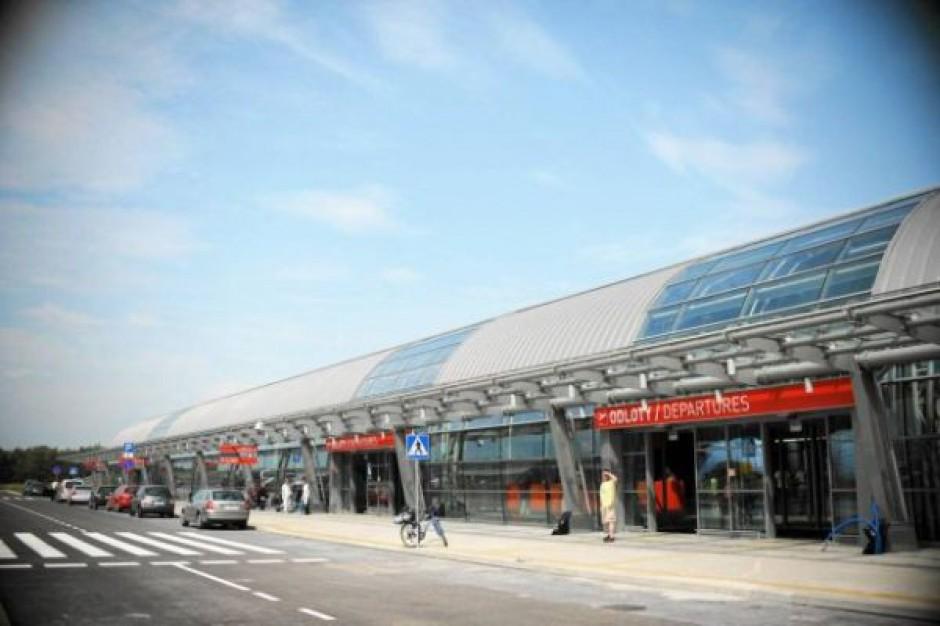 Władze lotniska w Modlinie chcą odszkodowania