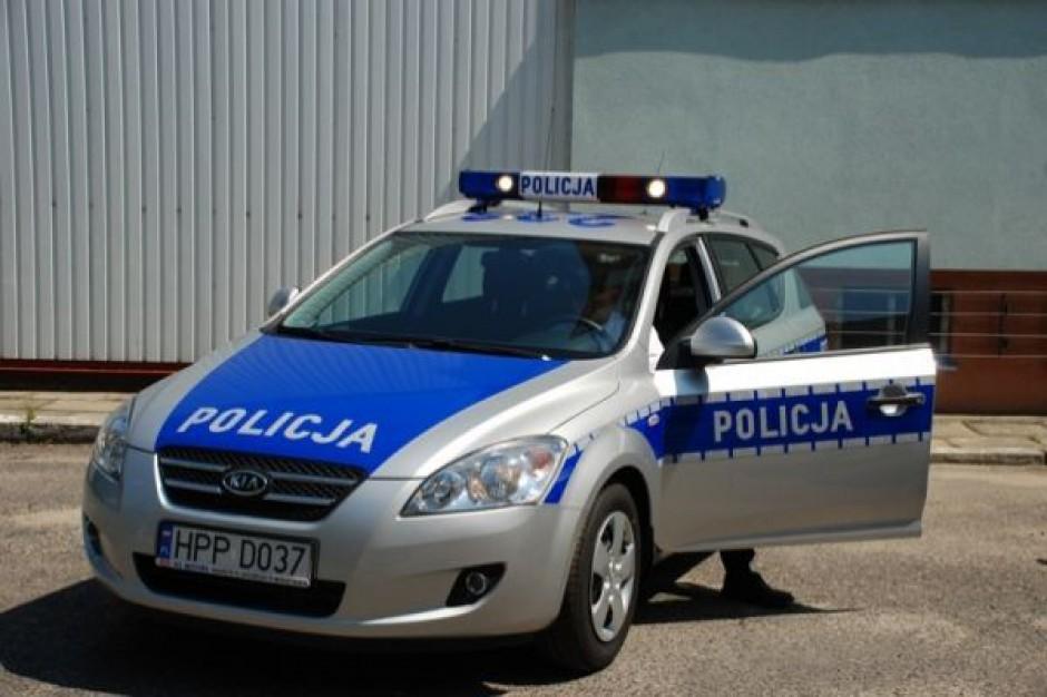 Tną kieszenie policjantów