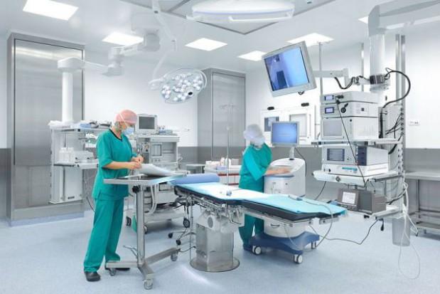 Szpital te same operacje sprzedał dwa razy