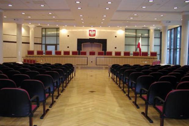 Reforma sądów na razie bez wyroku TK