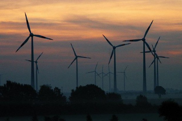 Energetyka wiatrowa kręci się mimo ograniczeń