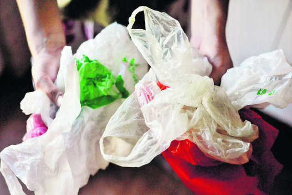 Czy właściciele nieruchomości już teraz mają kupić nowe pojemniki do segregacji śmieci?