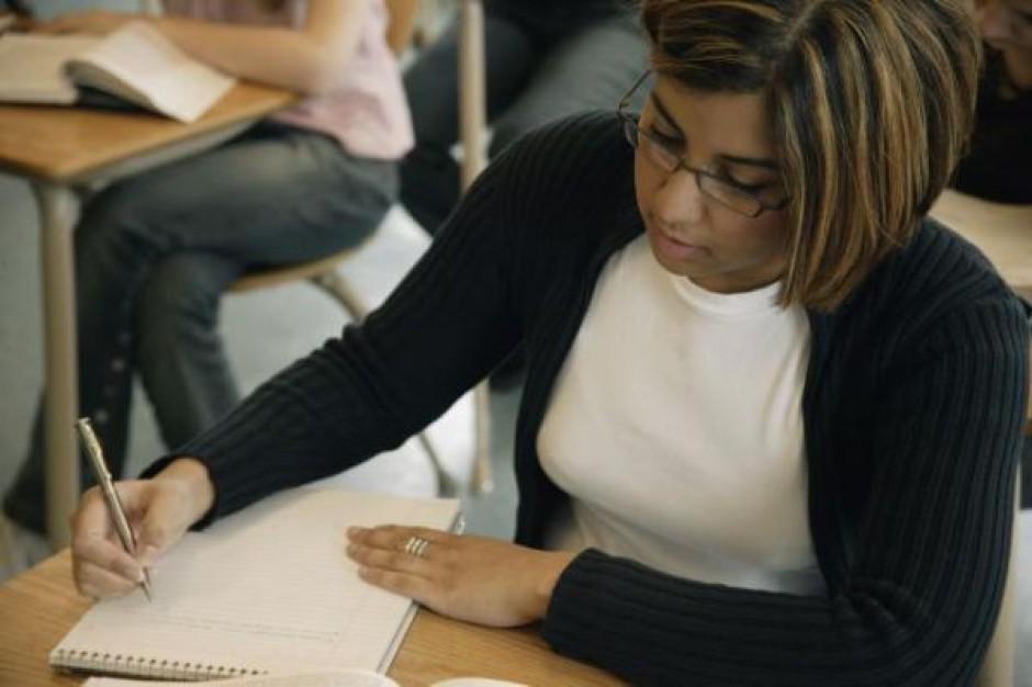 Spór o ewidencję czasu pracy nauczycieli