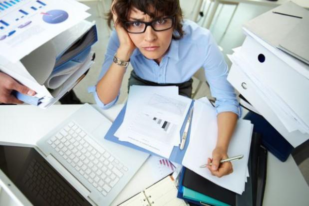 Likwidacja urzędu uzasadnia zwolnienia z pracy