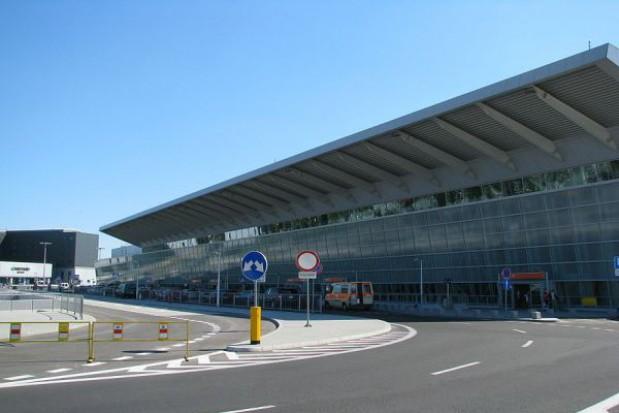 Opóźnia się remont pasa na Lotnisku Chopina