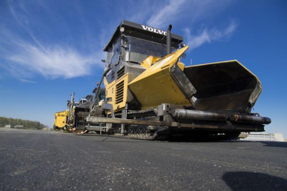 Umowa na budowę drogi wylotowej na Janki