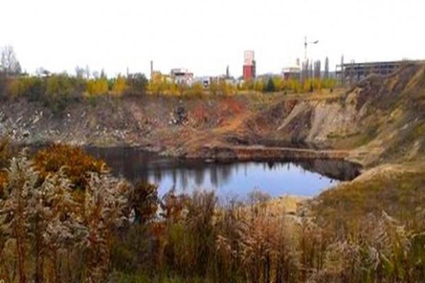 Zrekultywują zbiornik niebezpiecznych odpadów