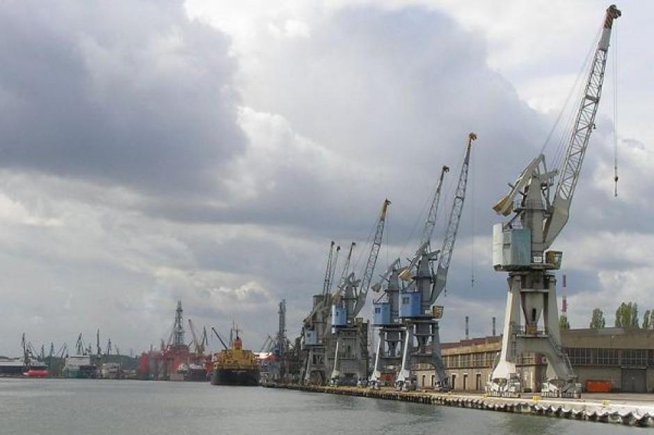 Gdańsk zbiera kasę na ochronę dźwigów stoczniowych