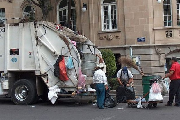 Radom podzielony na 5 sektorów. Ile firm śmieciowych je obsłuży?