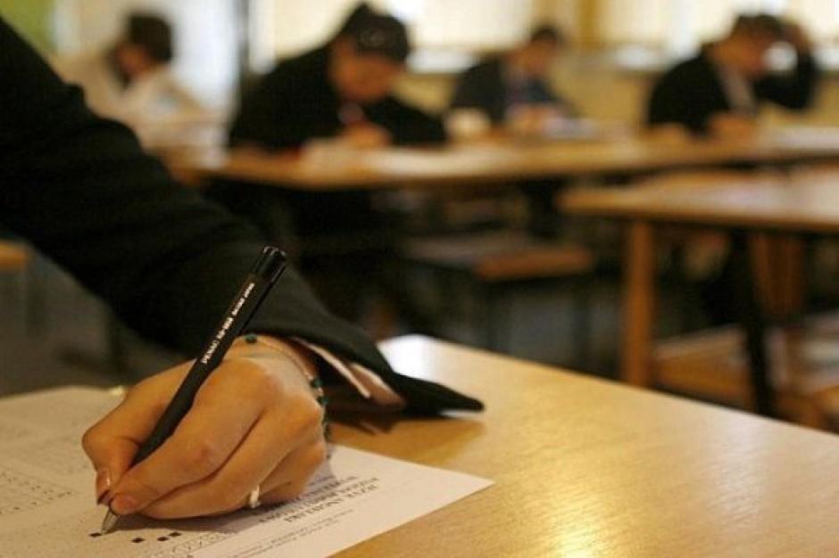 Gimnazjaliści testowani z wiedzy matematycznej