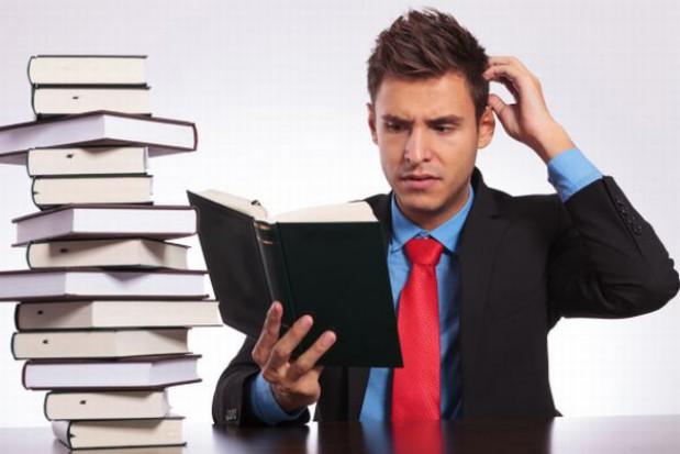 Patologiczna sytuacja rynku podręczników