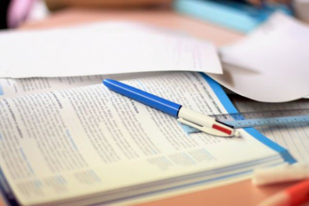 Większość uczniów kupuje komplet podręczników