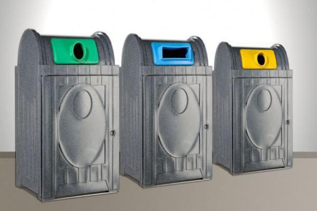 Warszawa musi poprawić uchwały śmieciowe
