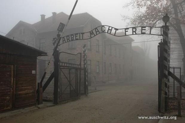 Zamrożenie płac groźne dla Muzeum Auschwitz