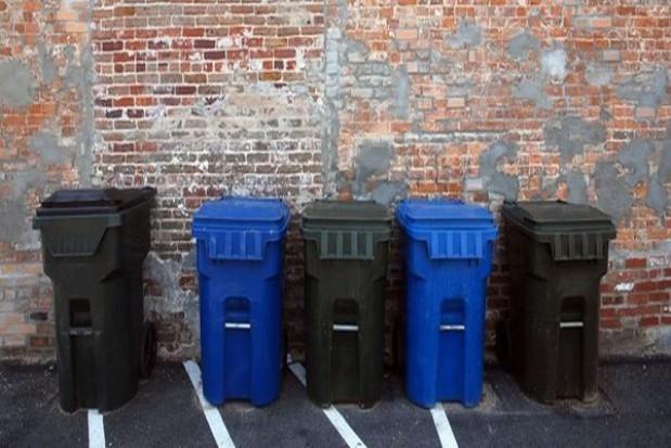Warszawa przedstawiła propozycje opłat śmieciowych w domach jednorodzinnych