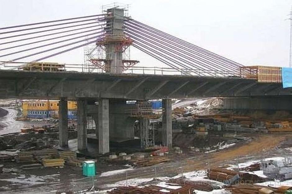 Nie dokończą budowy mostu na A1