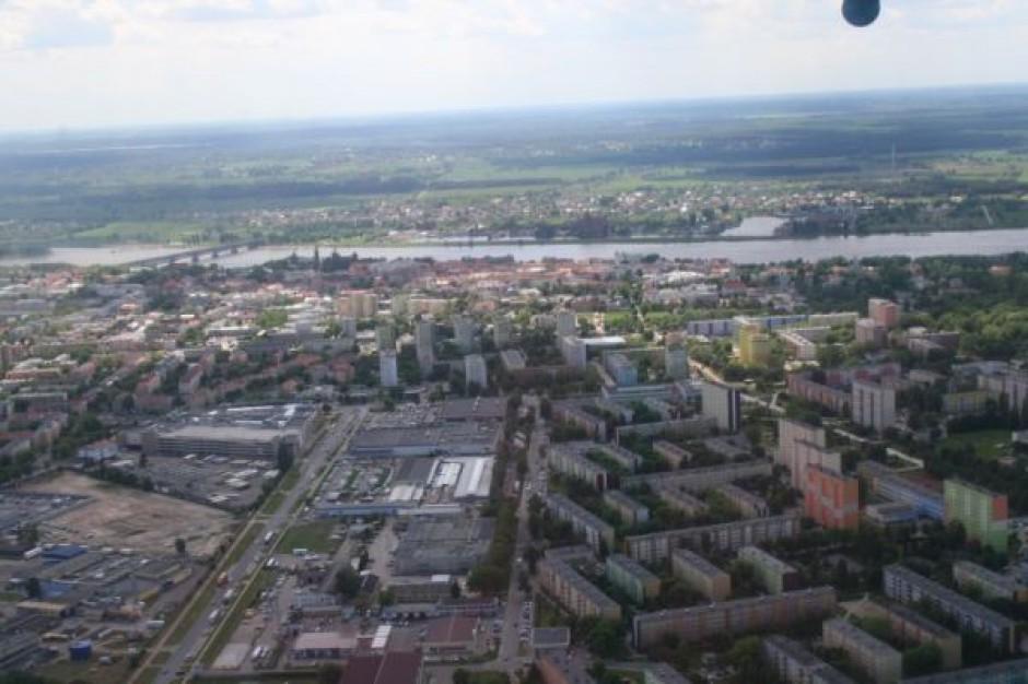 Płock wykorzystał fundusze unijne do budowy dużego parkingu