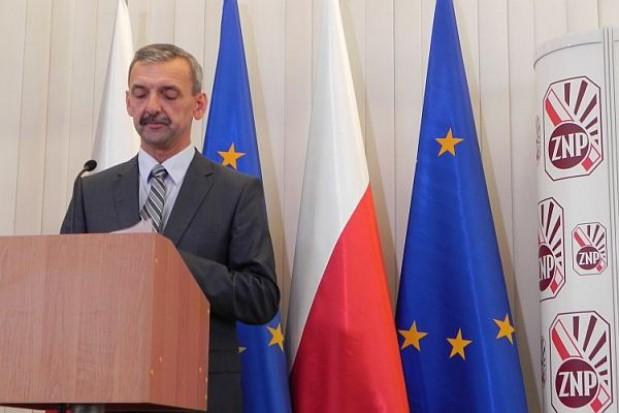 ZNP apeluje do premiera ws. redukcji etatów