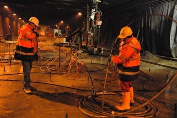 Kto odpowie za zalany tunel w Warszawie?