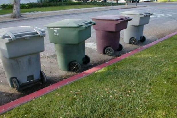Część gmin nie zorganizowała jeszcze przetargów śmiecowych