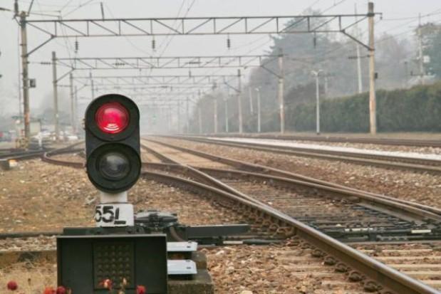 Opóźnienia pociągów na Śląsku z powodu obniżenia sieci trakcyjnej