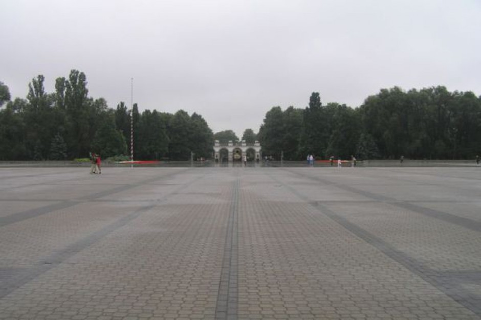 Wyremontują Pl. Piłsudskiego w Warszawie