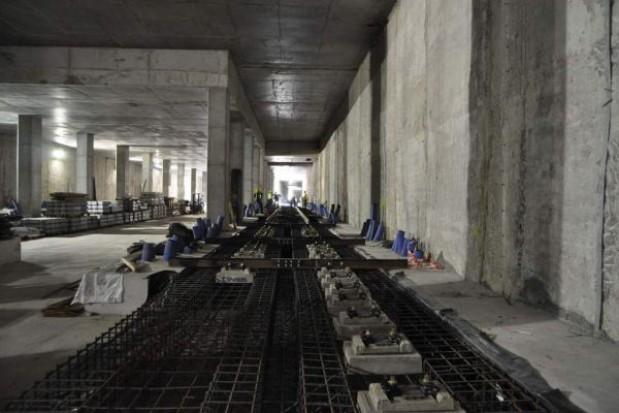 Odcinek II linii metra gotowy w 60 proc.