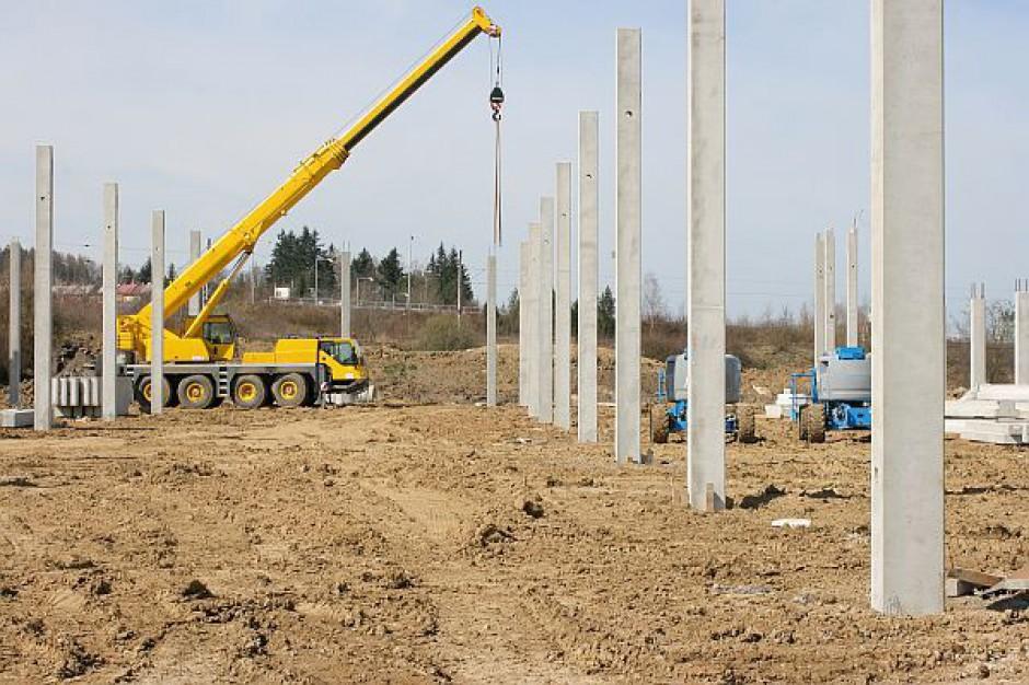 Umowa na przebudowę trasy AK i mostu
