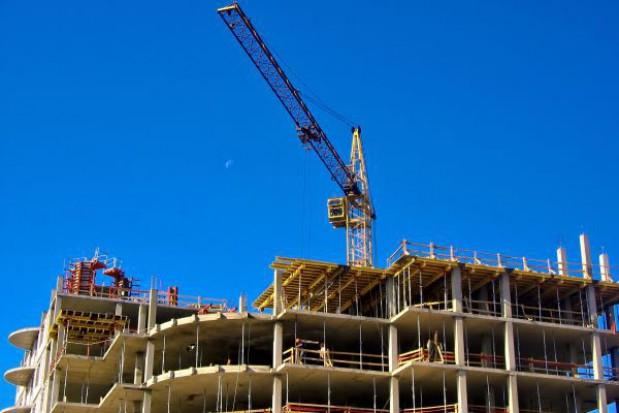 Spadła liczba budowanych mieszkań