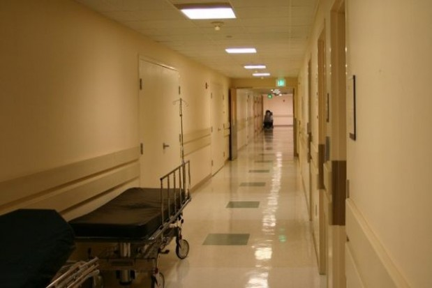 Wolą zmienić powiat, niż oddać szpital
