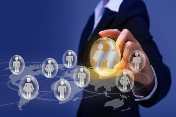 Rząd za kontaktami on-line między urzędami, a obywatelami