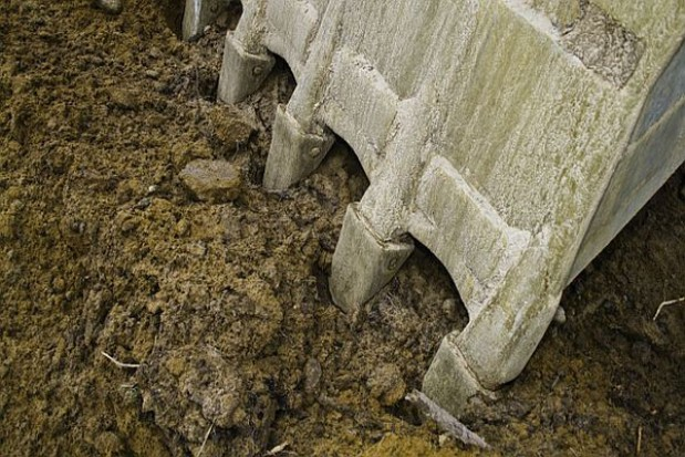 Rozbudują wał przeciwpowodziowy w rejonie Góry Kalwarii