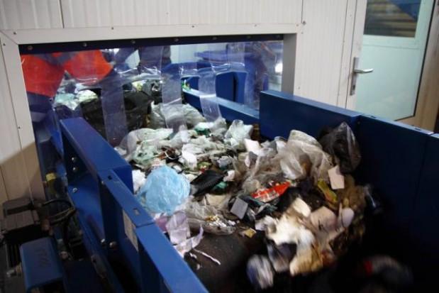 Rozprawa w KIO ws. stołecznego przetargu na śmieci