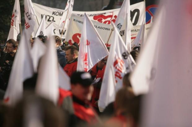 By pracownicy w instytucjach publicznych też mogli strajkować