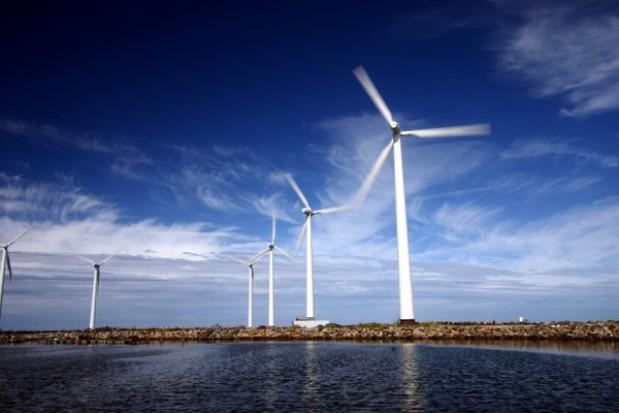 Morskie farmy wiatrowe na Bałtyku najwcześniej w 2019 r