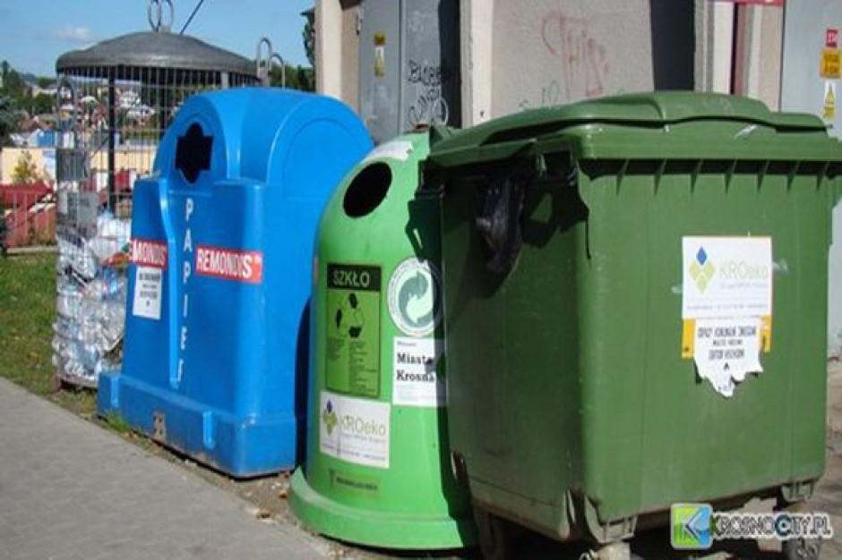 """Będzie więcej """"gniazd"""" na odpady w Krośnie"""