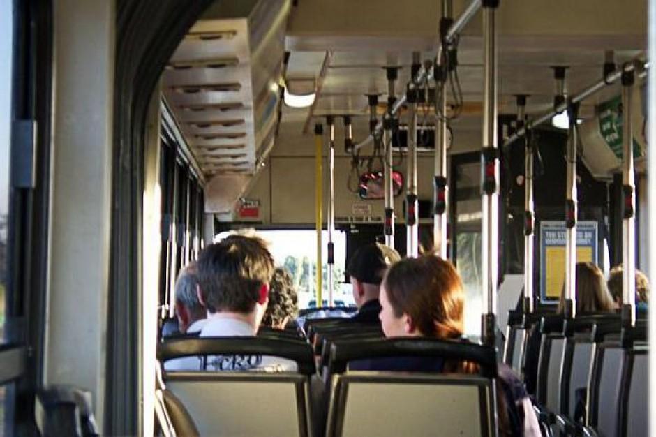 Autobusem i tramwajem za darmo