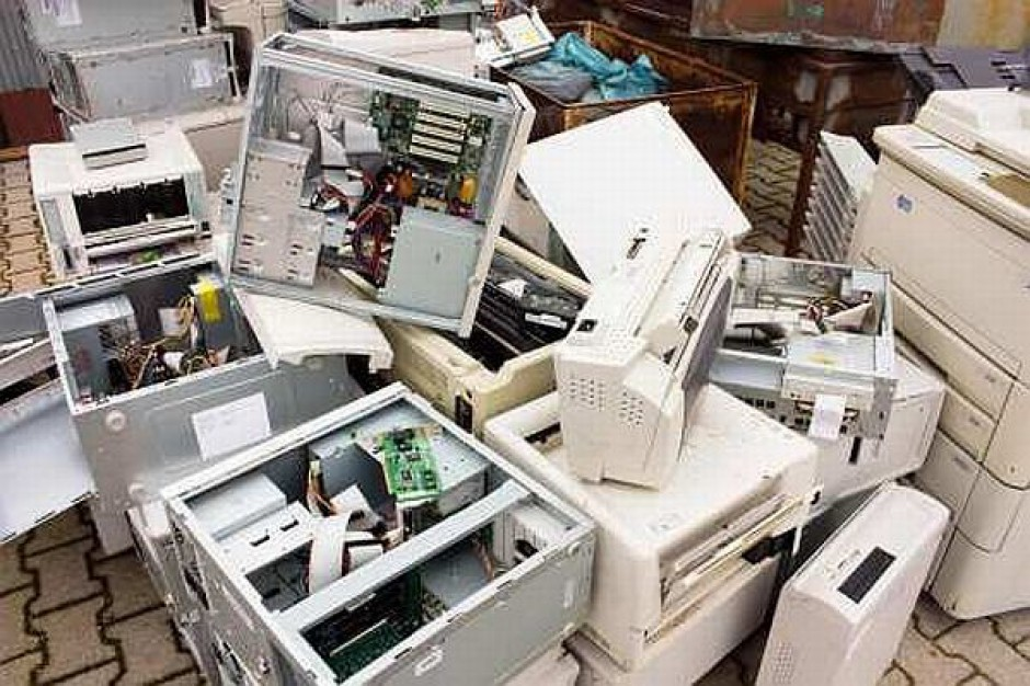 Potrzebny jest nadzór nad elektrośmieciami