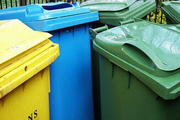 Młodzież uczy się segregacji śmieci w Legnicy